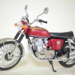 アオシマ – スカイネット 1/12 Honda CB750FOUR キャンディレッド